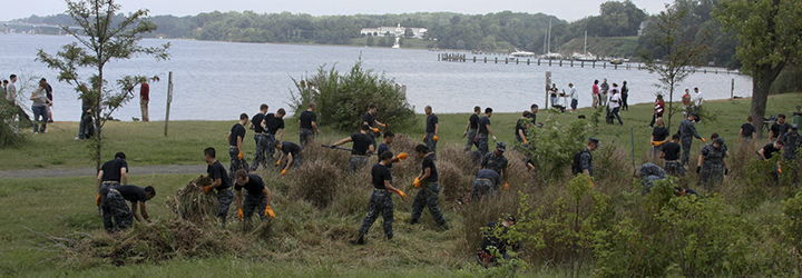 Image for Midshipmen Travel to North Carolina for Volunteer Trip